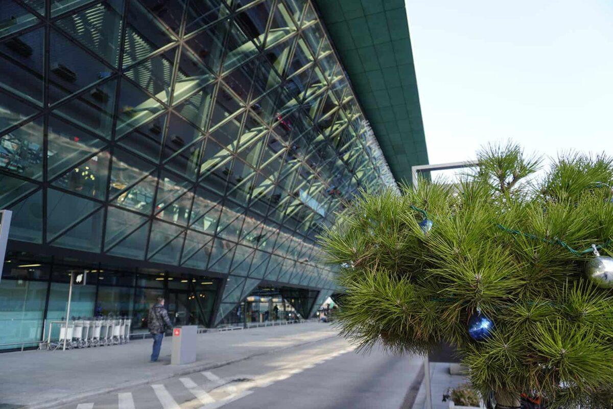 Terminal pasażerski lotniska Krakow Airport Balice